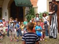 Vystoupení účastníků žonglérské dílny