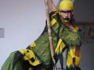 Kejklíř Vítek - vystoupení na chůdách